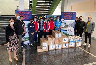 FOTO: Zadarski osnovnoškolci odnijeli darove u Glinu