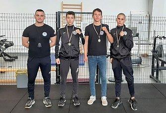Boksači Aresa osvojili tri medalje na juniorskom prvenstvu